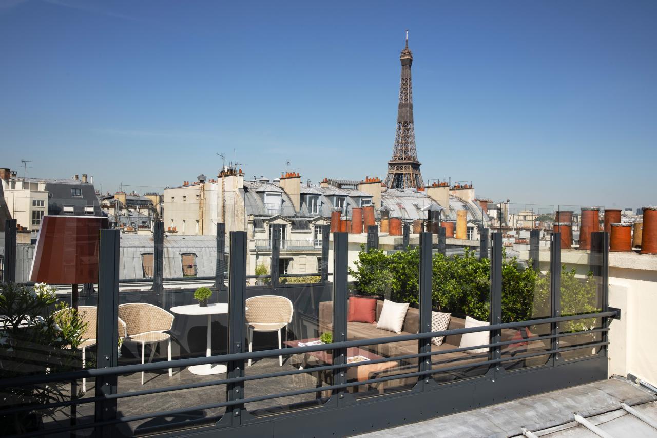 Rayz Eiffel - Rooftop